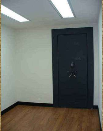 Fort Knox vault door